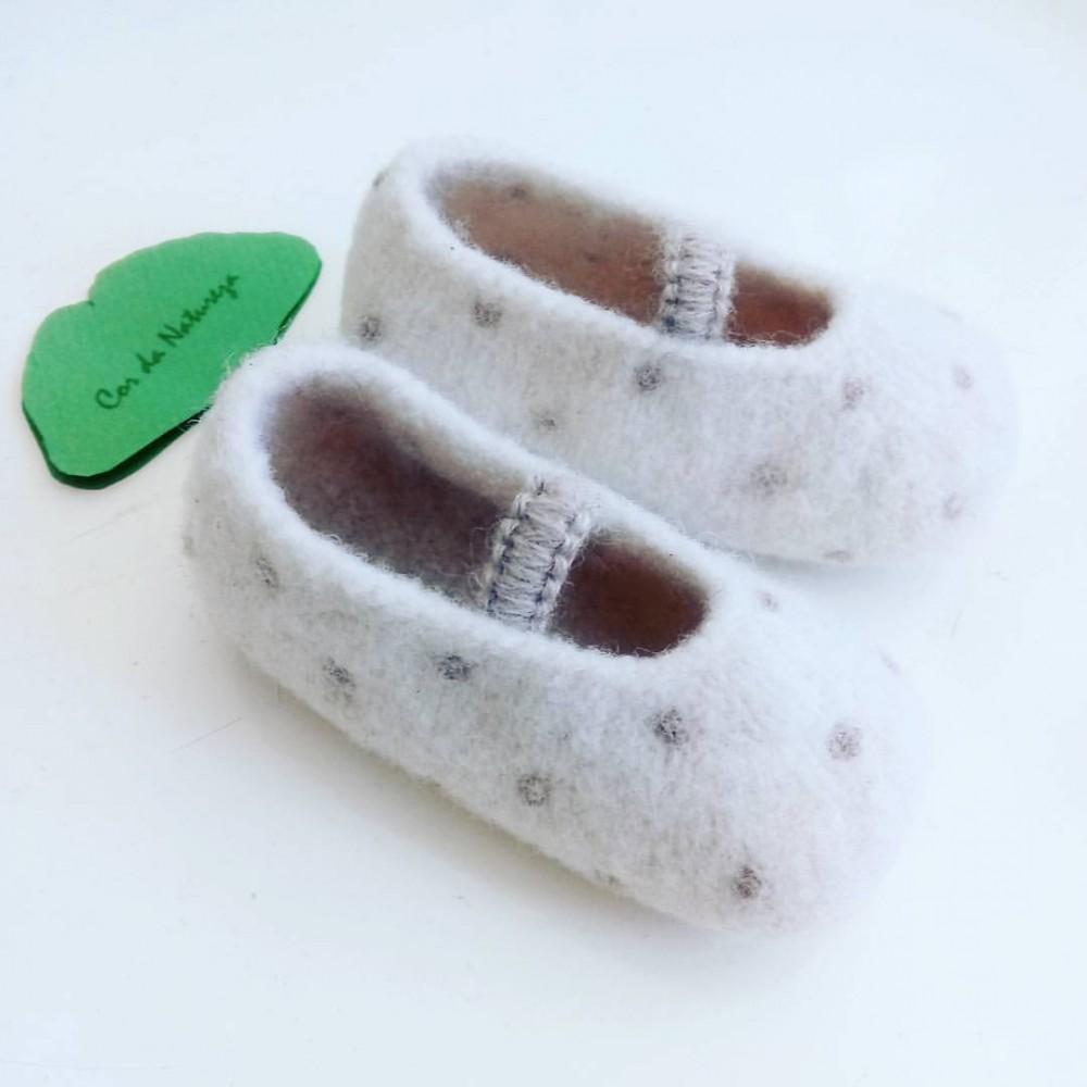 Sapatos feltrados