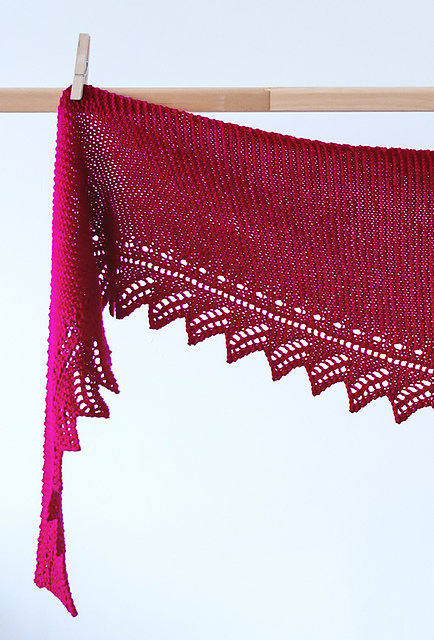 http://www.ravelry.com/patterns/library/allegria-2
