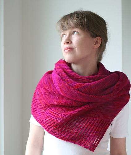 http://www.ravelry.com/patterns/library/viajante